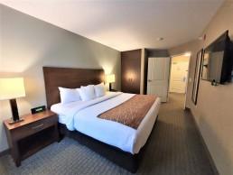 two room queen bed